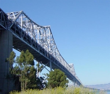 A Double Balanced Cantilever Bridge
