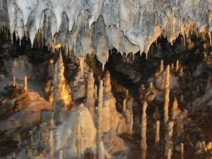 Snezhanka Cave