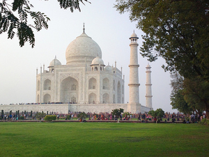 Taj Mahal Tour by Car from Delhi