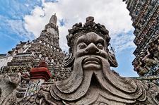Thailand Bangkok Wat Arun Statue