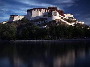Holy Lhasa City Spiritual Tour Photos