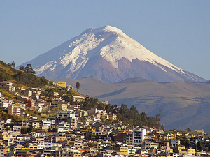 Quito City Tour - Middle of the World !!