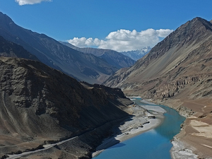 Vally & Lake Of Ladakh Photos
