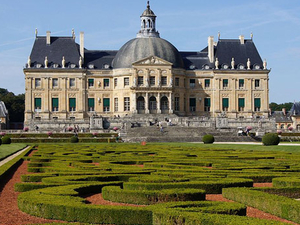 Christmas Day Trip to Vaux le Vicomte from Paris Photos