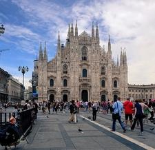 View Milan Cathedral At Piazza Del Duomo