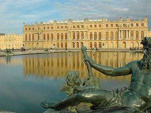 Viator Exclusive: Versailles and Marie-Antoinette Estate Tour plus Optional Dalloyau Meal Photos