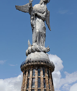 Virgen De Quito Panecillo