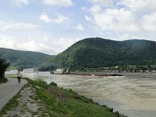 Wachau Die Donauin Durnstein