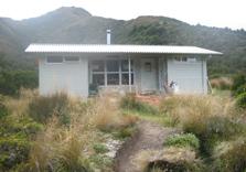 Waipakihi Hut