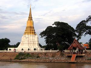 Wat Suan Luang Sopsawan