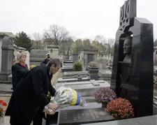 Viktor Yushchenko At The Grave Of Symon Petliura