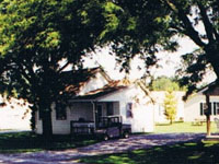 Florys Cottages & Camping