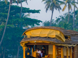 Alleppey & Traditional Houseboat Lunch Photos