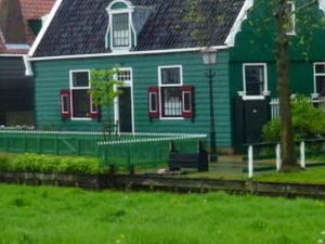 Amsterdam Super Saver 2: Windmills, Delft, The Hague and Madurodam Day Trip Photos