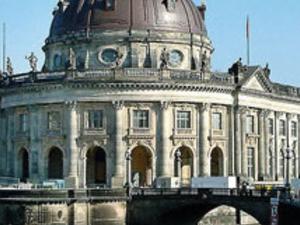 Bike tour through historic Berlin Photos