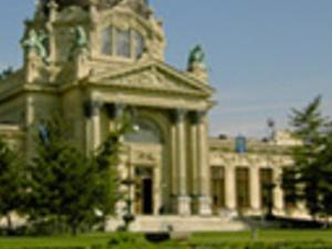 Budapest Explorer Photos