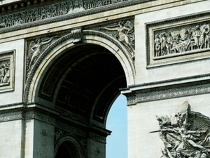 City tour of Paris incl. audio guided visit of the Louvre Museum by bus  - CGLO Photos
