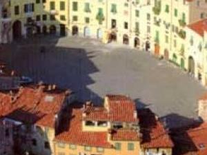Classic Lucca Photos