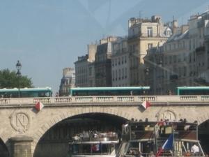 Cruise Tour On the Seine River at Paris - 1 day Pass Batobus Photos