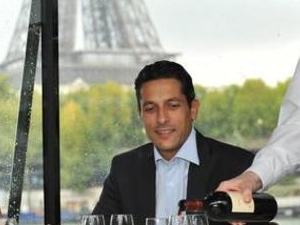 Dinner Cruise On the Seine - Paris Essentiel at 6 PM Photos