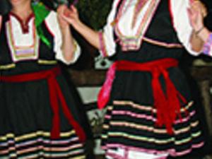 Go Greek Photos