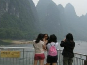 Guilin One Day Li River Cruise and Yangshuo Countryside Cycling Private Tour Photos