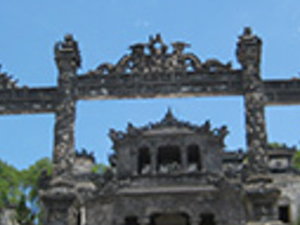 Half Day The Valley Of The Tombs From Hotel Inside Hue City Only Photos