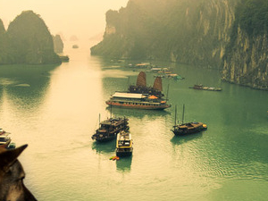 Halong Bay Day Tour Photos