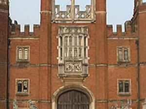 Hampton Court Tour Photos