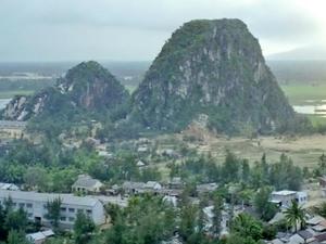 Marble Mountain Descent Photos