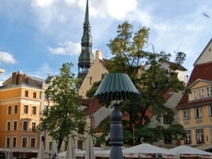 Old town GROUP walking tour with famous Riga black balsam & national snack tasting
