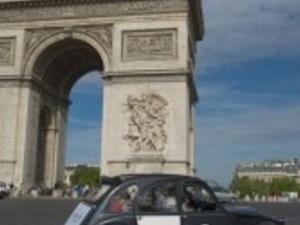 Paris Champs Elysées Prestige - excursion by 2CV - P4R Photos