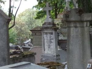 Paris' Pere LaChaise Gravestone Walking Tour Photos