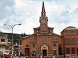 Peregrinacion al Santuario del Divino Niño. Photos