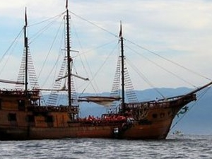 Pirate Ship in Puerto Vallarta Photos