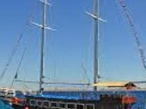 Pirates Sailing Yacht full day trip Photos