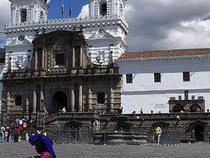 Quitos Walking tour Photos