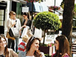 Shopping Express: Kildare Village Outlet Photos