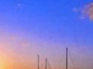 Sunset on Jacare Beach. Photos