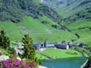The Pyrenees Mountain Tour Photos