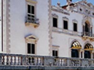 Vizcaya Museum with Transport Photos