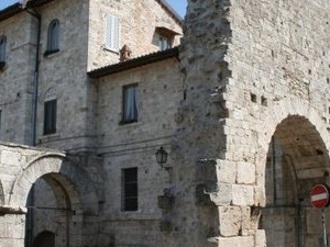 Walking through Ascoli Photos