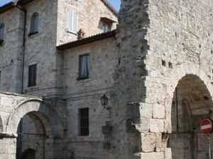 Walking through Ascoli Photos