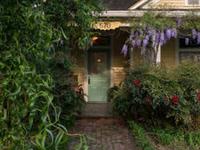 Artsy, Elegant Victorian Retreat