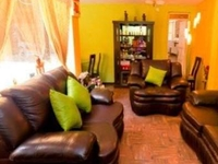 Chic duplex, tours in colonial Lima