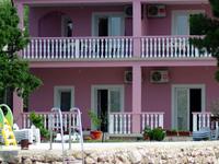 Family Apartment in Villa Rajna