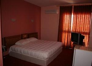 Cameo Hotel