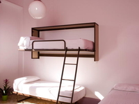 Casa Gracia Central Hostel