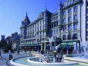 Civis Grand Aranybika Hotel - Debrecen