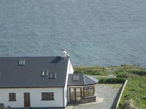 Clifden Bay Lodge